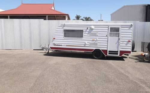 Roadstar Vacationer Poptop Caravan