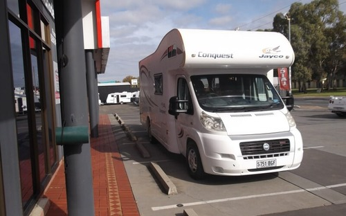 Front of Jayco Conquest Motorhome