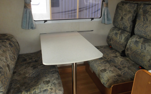 Jayco Conquest Motorhome dinette