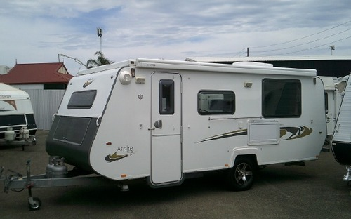 2013 Avan Aspire 525 Pop Top Caravan