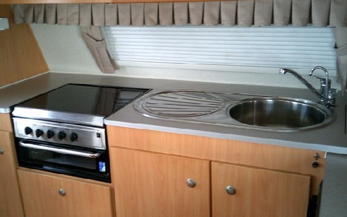 2013 Avan Aspire 525 Pop Top Caravan kitchen