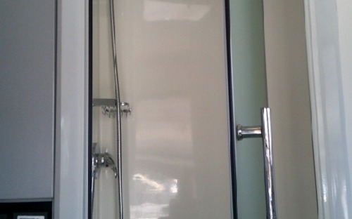 2013 Sportcruiser off road caravan shower